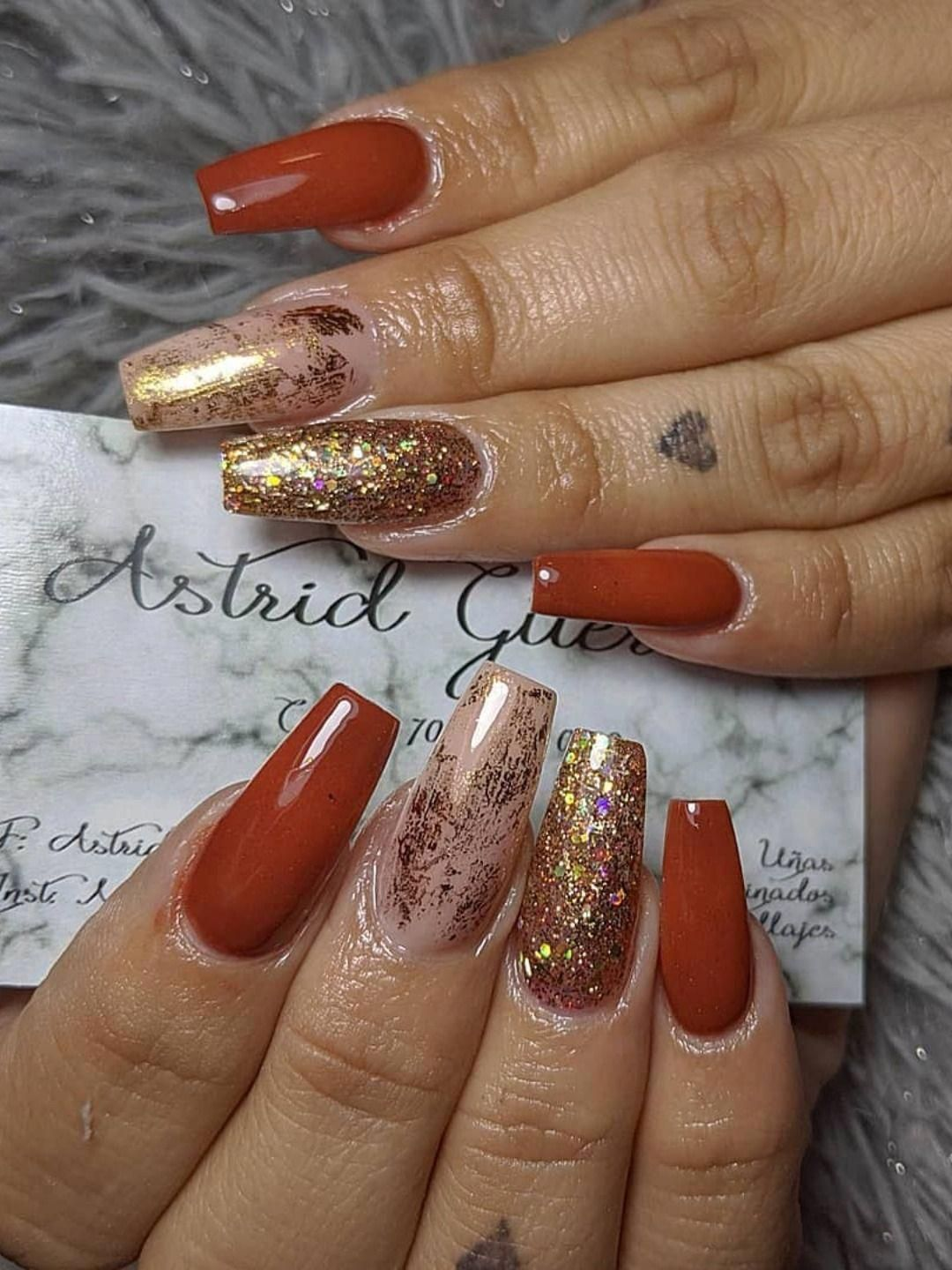 Cute Burnt Orange Coffin Nails With Gold Foil Gold Glitter Nails For Fall 2019 Inspiration Fallnails Fallnailart In 2020 Matte Green Nails Gold Nails Orange Nails