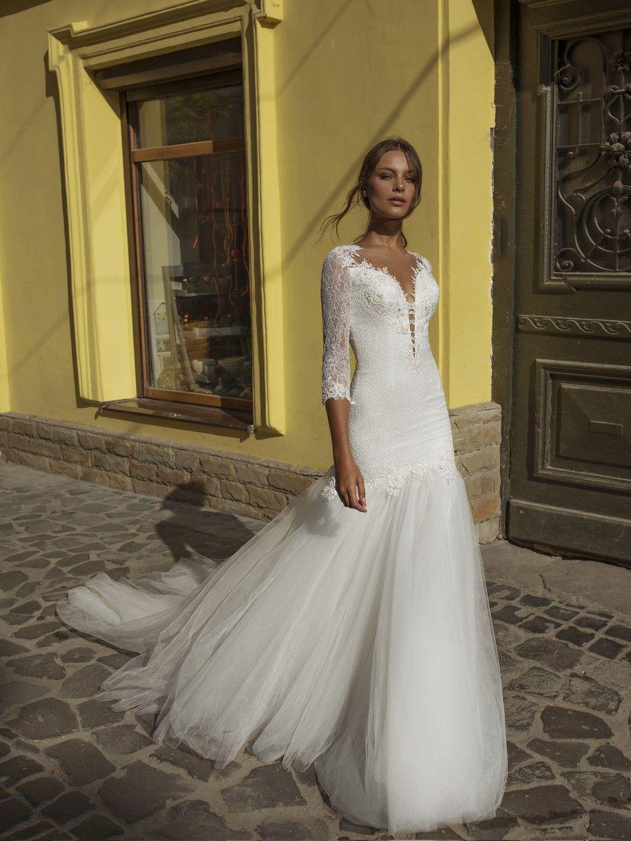 Alice The First Collection Riki Dalal Elegant Wedding Dress Applique Wedding Dress Affordable Wedding Dresses