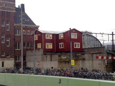 Station Amsterdam Centraal in Amsterdam, Noord-Holland