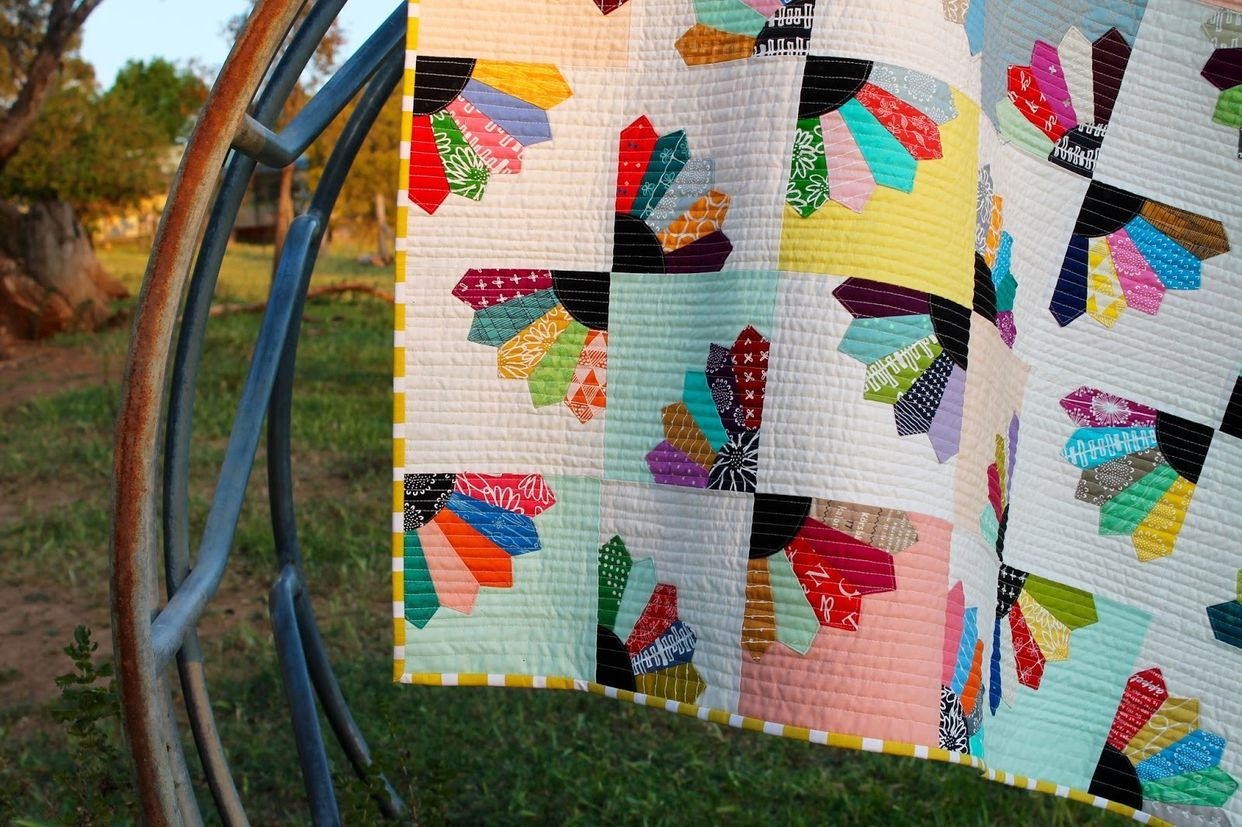 Blueberry Fans Quilt (Tales of Cloth) Quilts, Quilt