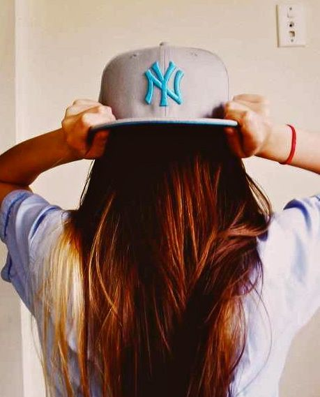 swag girls,swagg girl,girls with swag,swag notes tumblr,swag quotes,swag  wallpaper,quotes about boys Snapback Swagg Girls 2012