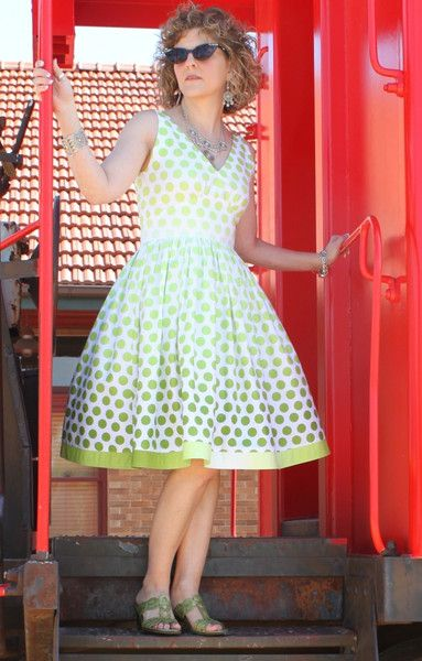 Serendipity Studio Marilyn Dress Sewing Pattern   Handarbeiten und Nähen