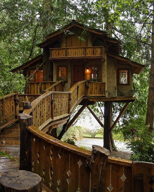 #treehousefriday: Storybook Farm English Cottage Treehouse