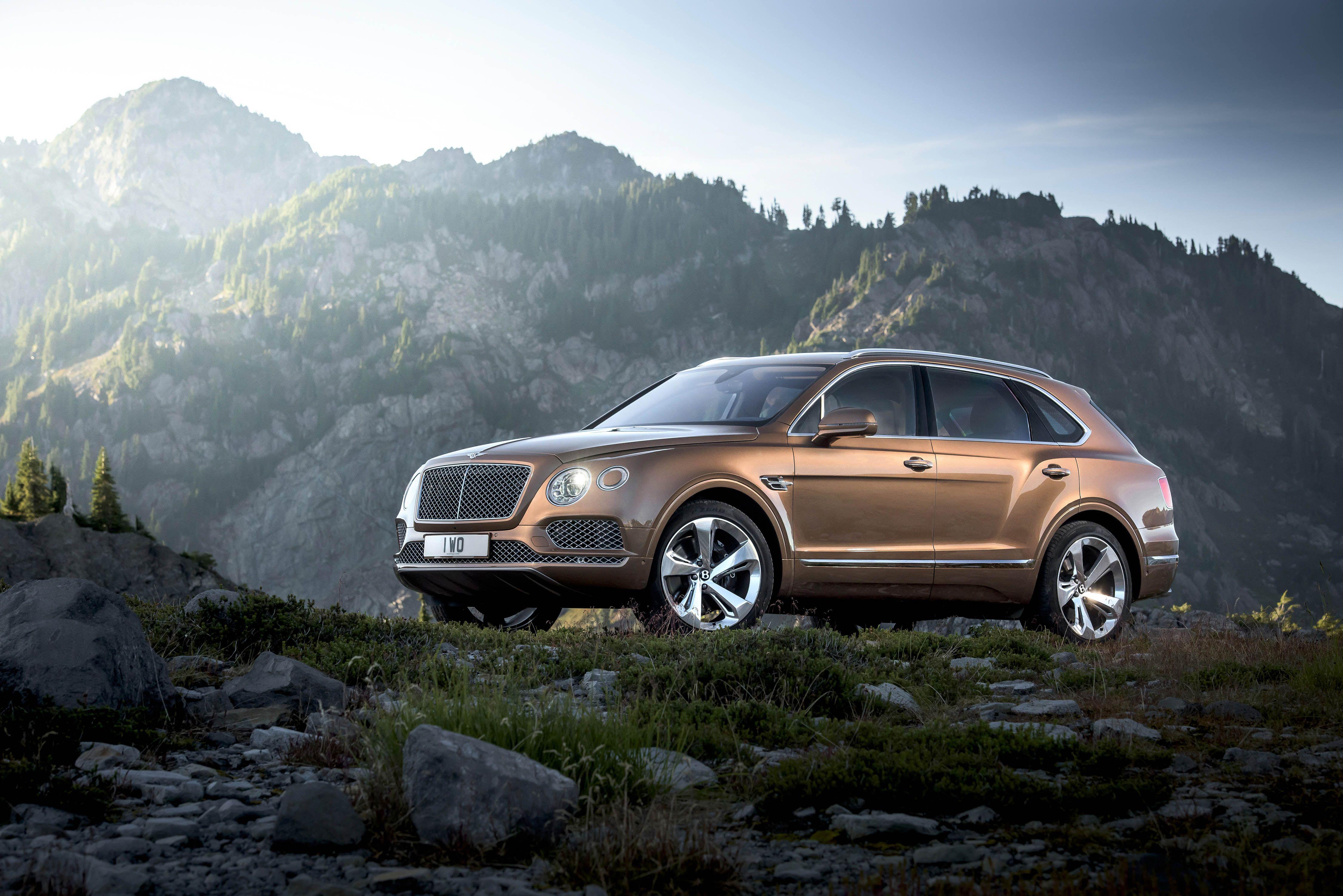 Bentley presenteert Bentayga SUV met een leugen