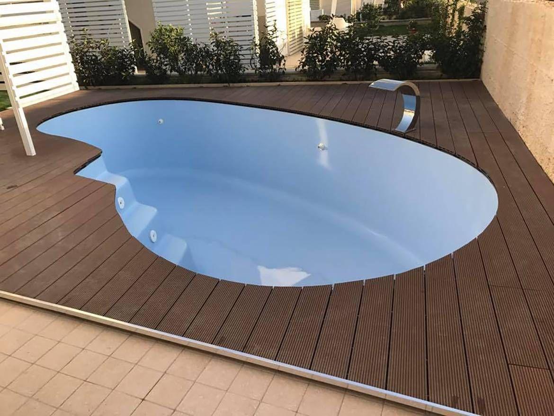 Pin By Esperanzamas Consultant On Types Swimming Pool In Kerala Fiberglass Swimming Pools Swimming Pool Cost Pool Cost