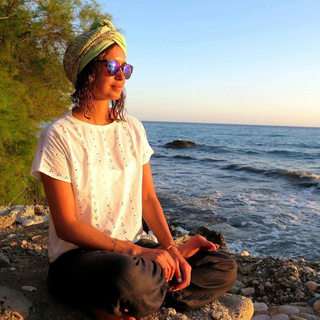 Practicing Yoga Outdoors : 1. Spending time in nature can nourish depleted energy. Spending time outside sends signals to the brain that the body is back in its native environment and recalibrates itself to st...