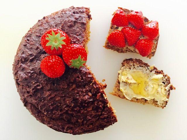 Quinoa Rijst Proteïne Paleo Cake. Ik vind dit echt weer een super recept! Voedzaam, lekker & glutenvrij!Als ik heb gesport dan ben ik gewend om een proteïne shake te nemen met ...