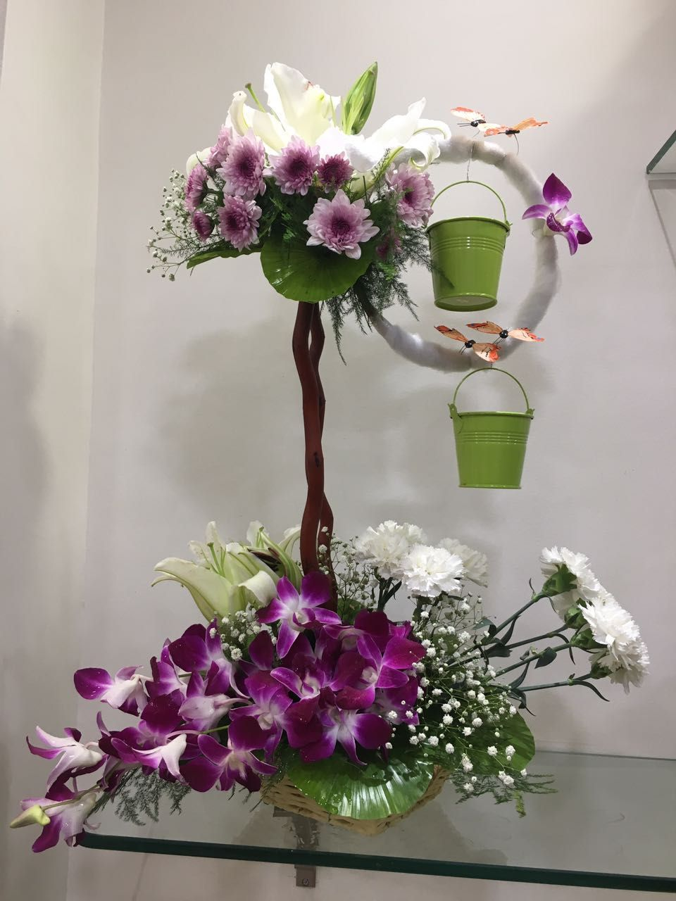 Bloomsonly provide fresh and best flower delivery across