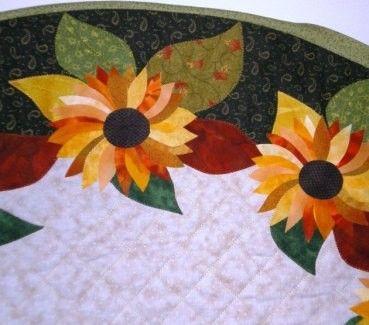 Sunflower Oval Table Runner Quilt Pattern