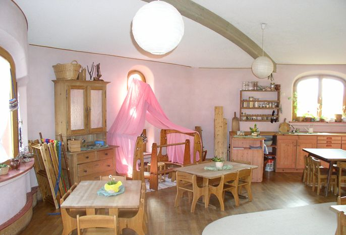 Waldorfkindergarten raumgestaltung waldorf pinterest for Raumgestaltung waldorfkindergarten