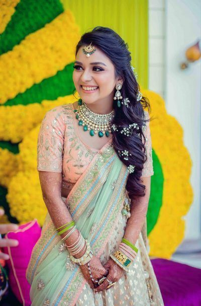 Find The Perfect Bridal Hairstyle Based On Your Face Shape Bridal Hairstyle For Reception Hair Styles Indian Hairstyles