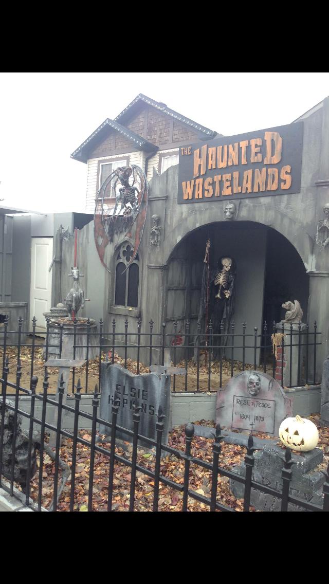 Halloween 2016 Asylum Halloween graveyard, Halloween