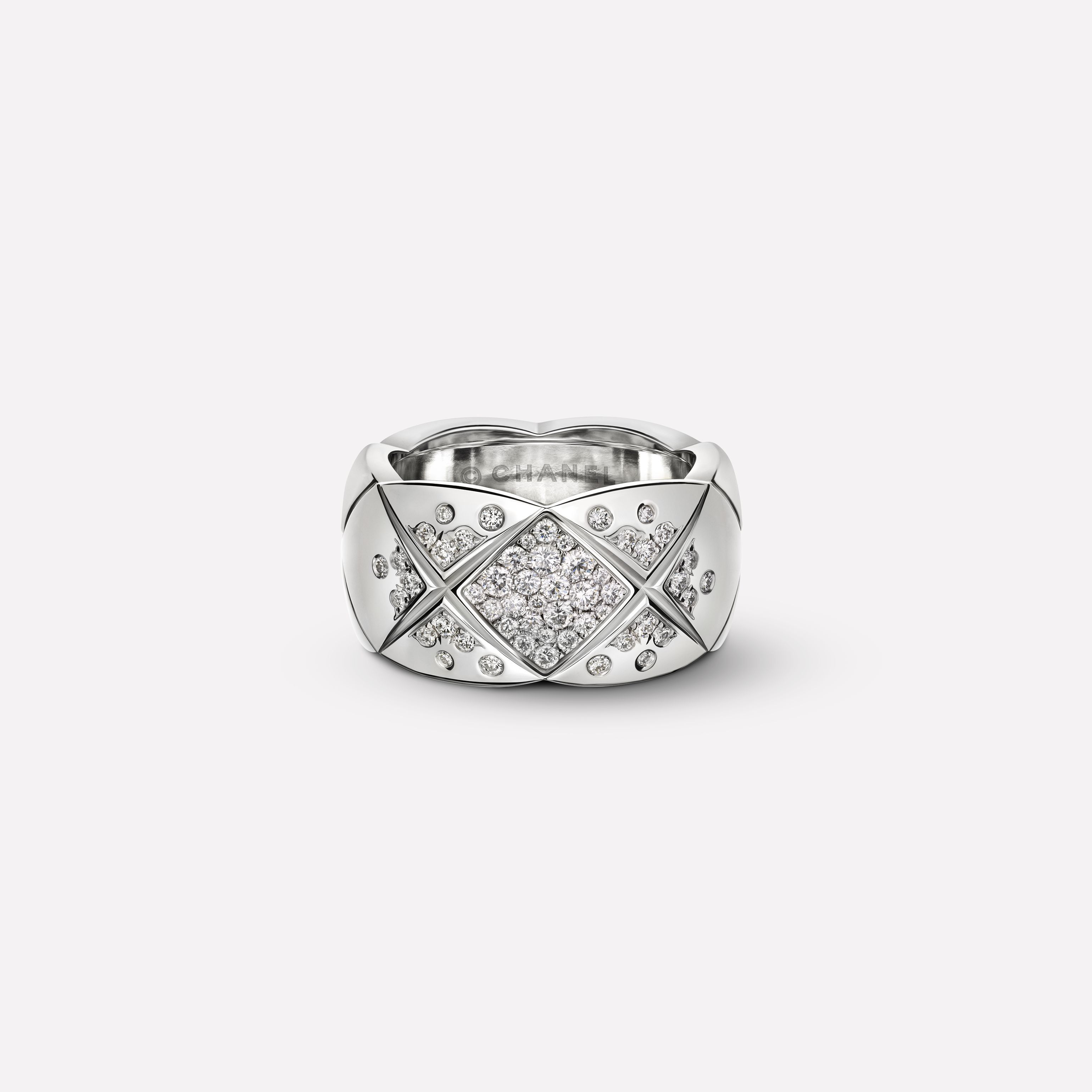 Coco Crush Ring Coco Crush Ring Medium Version In 18k White Gold And Diamonds J10863 Chanel Jewelry Chanel Jewelry Fine Jewelry