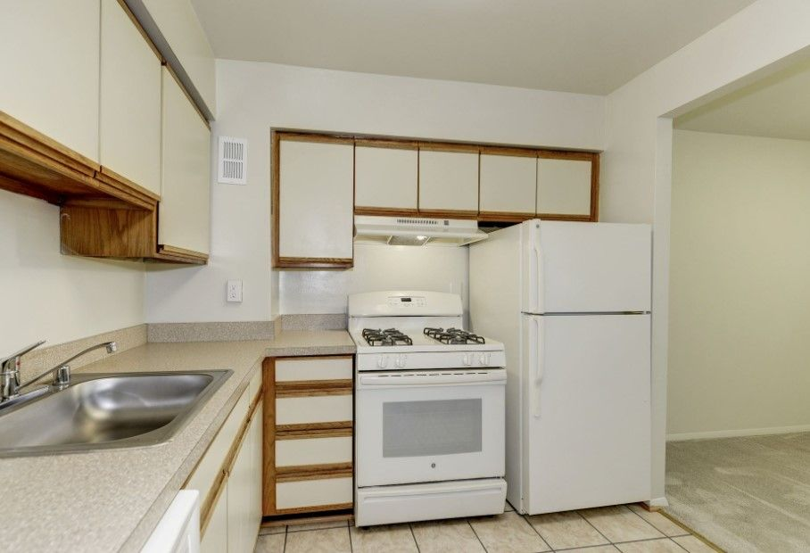 Apartments For Rent In Falls Church Va Basement Apartment For Rent Apartments For Rent Cheap Apartment For Rent