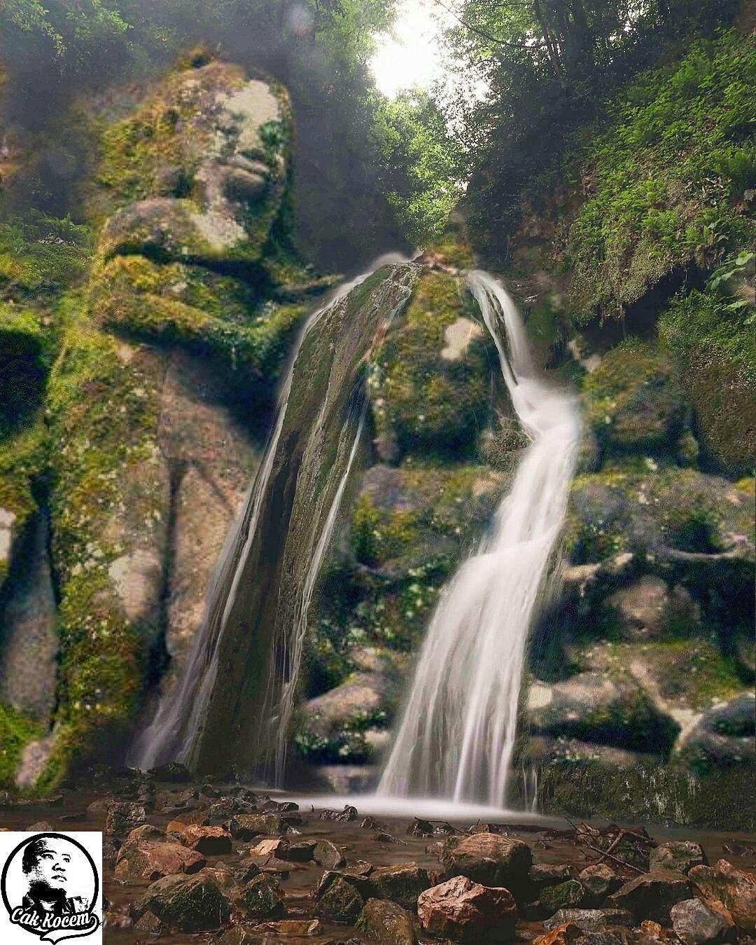 photomanipulation landscape sculpture waterfall airterjun patung cakkocem ruin