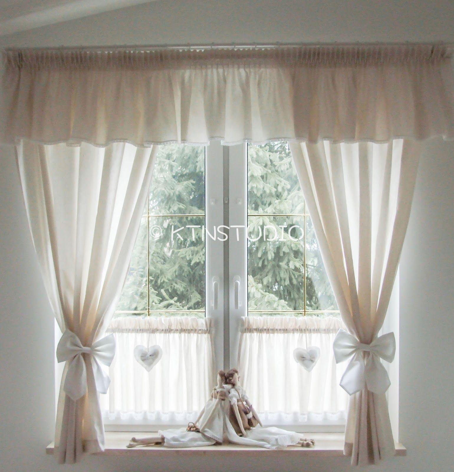 Schwarz Weiß Vorhänge In Einem Modernen Interieur 21: Gardinen Zum Binden. Scheibengardinen Mit Schlaufen