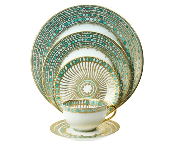 White China Dinnerware With Turquoise And Gold Accents By LENNOX. #LGLimitlessDesign #Contest  sc 1 st  Pinterest & White China Dinnerware With Turquoise And Gold Accents By LENNOX ...