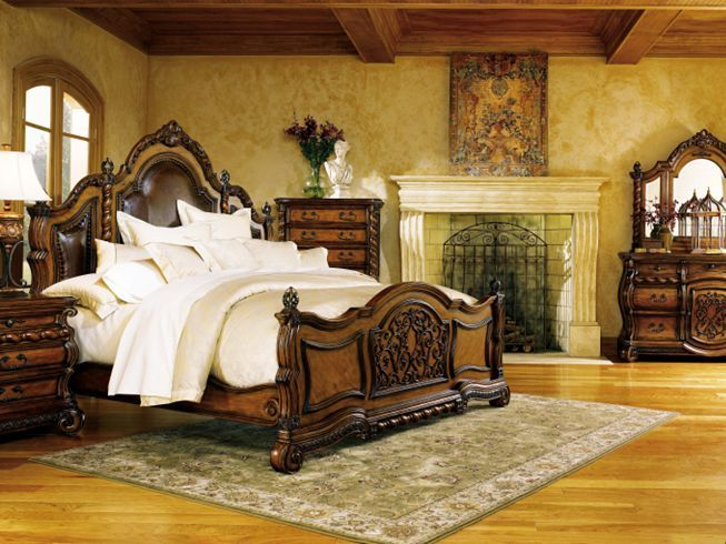 An elegant Tuscan style bedroom. | Tuscan Style - Iron ...