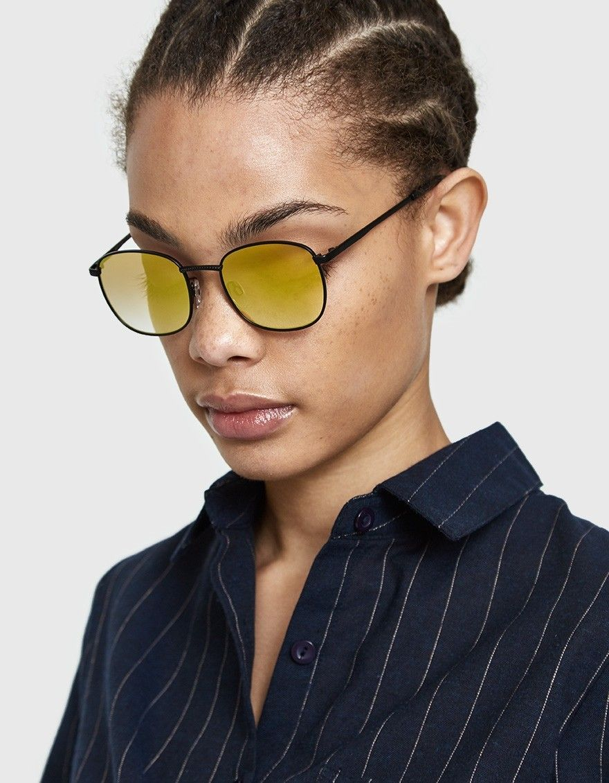 04a04f394ed 90s-inspired sunglasses from Le Specs