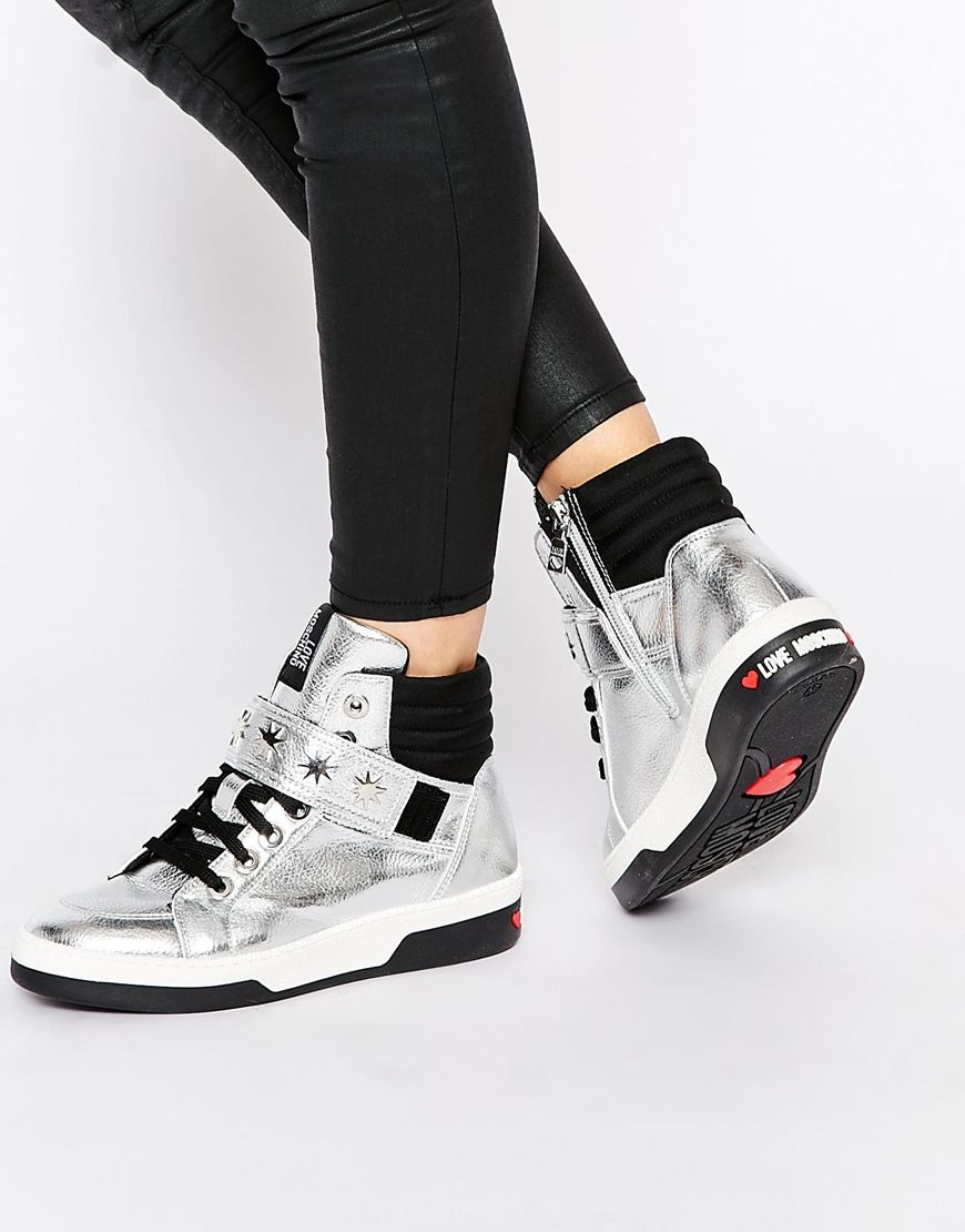 Изображение 1 из Высокие серебристые кроссовки из лакированной кожи Love  Moschino · High Top Tennis ShoesHigh ...