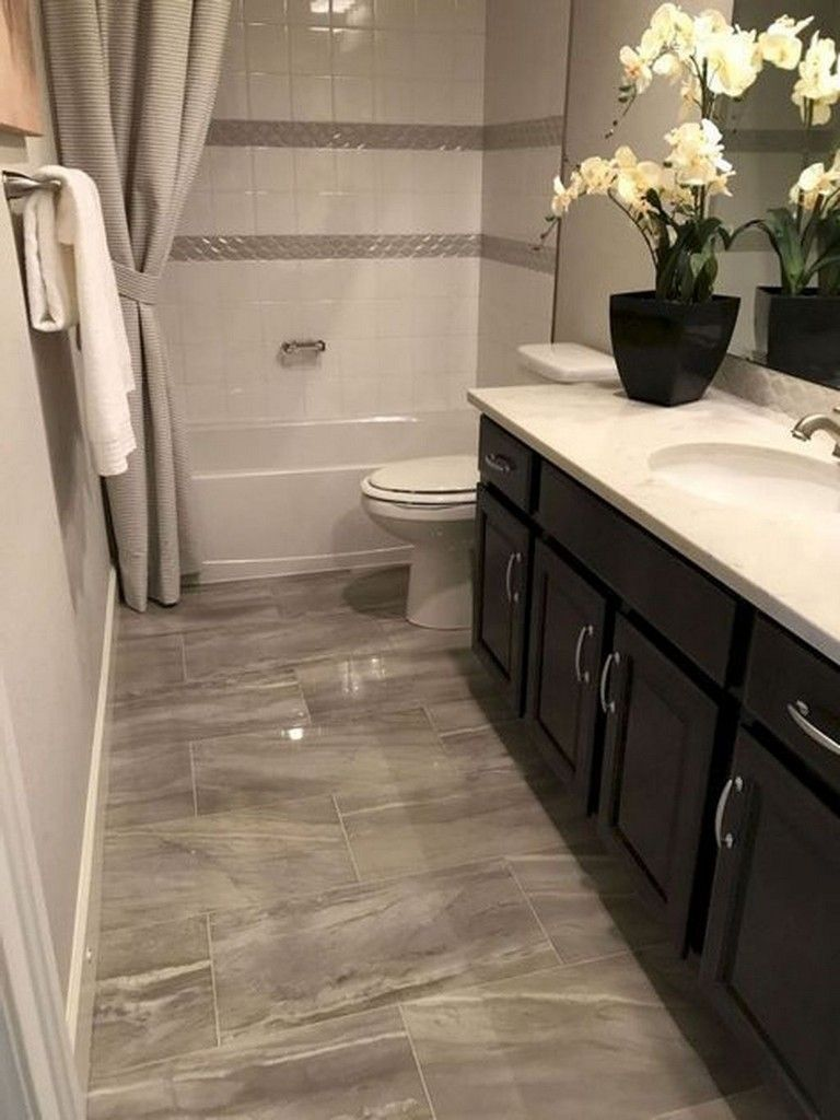 35 Top Small Master Bathroom Decorating Ideas Bathroomdecor Bathrooms Bathroomdecorideas Restroom Decor Small Master Bathroom Small Bathroom Decor