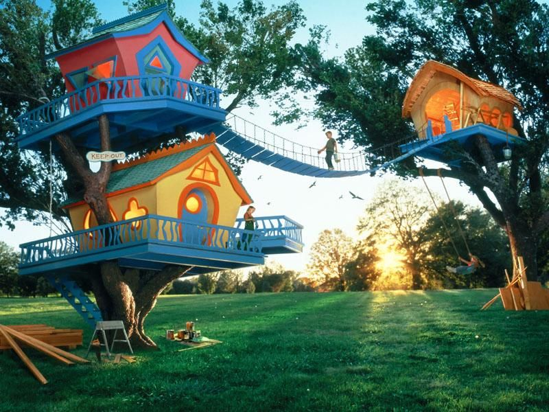 tree houses. Yes please!