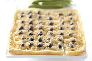 Caramelized Onion Tart recipe-gets rave reviews! Easy to make with refrigerated pizza crust, 3-4 onions, kalamata olives, parm cheese (from Kraft recipes)