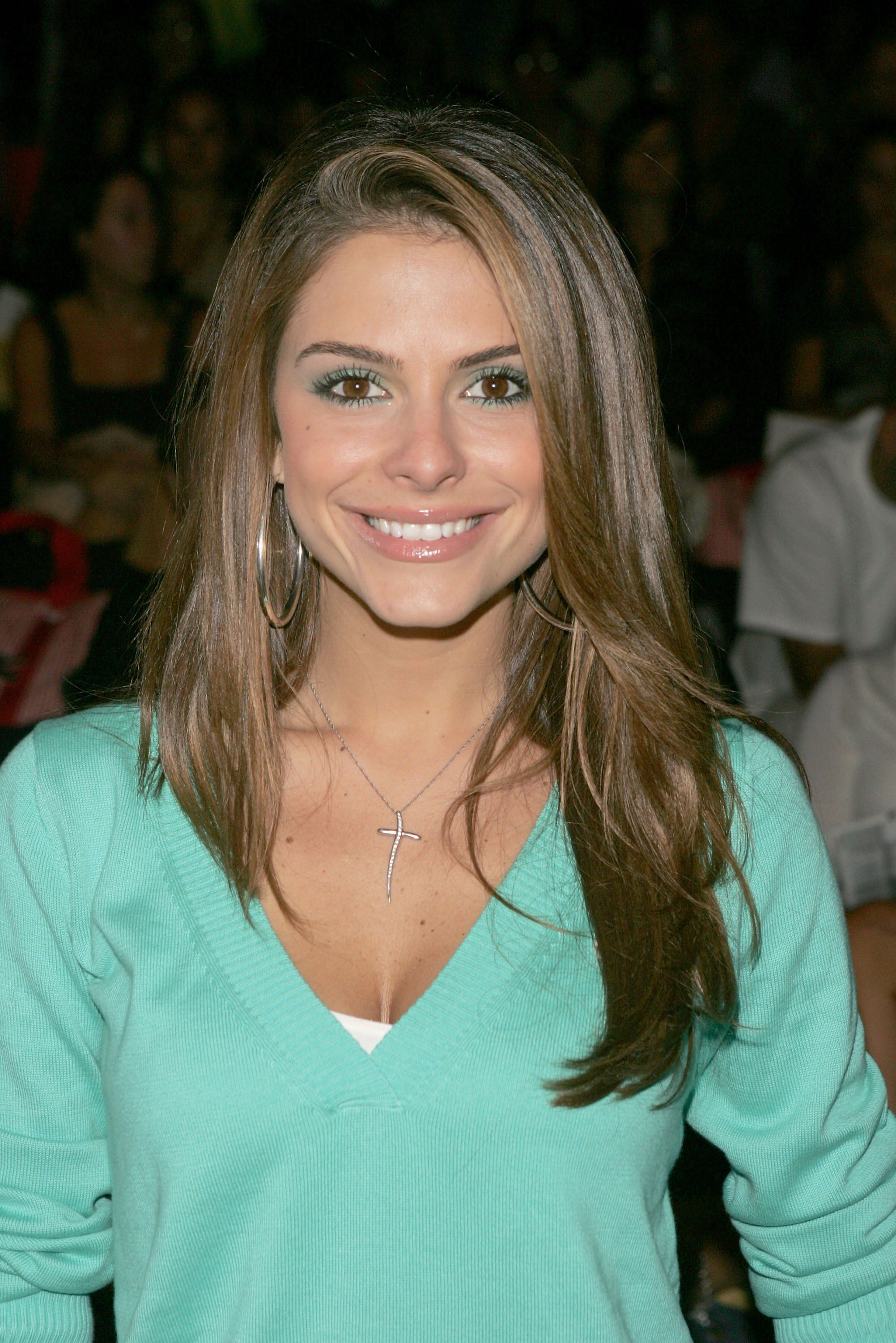 Female Celebrities With Light Brown Hair for green eyes makeup maria menounos   looks - makeup - green eyes