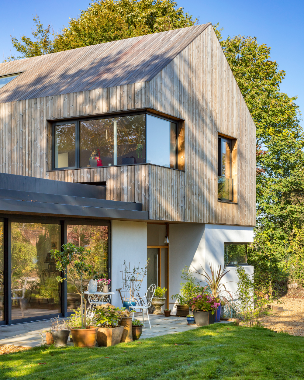 Snug Architects completes timber-clad house in Hampshire