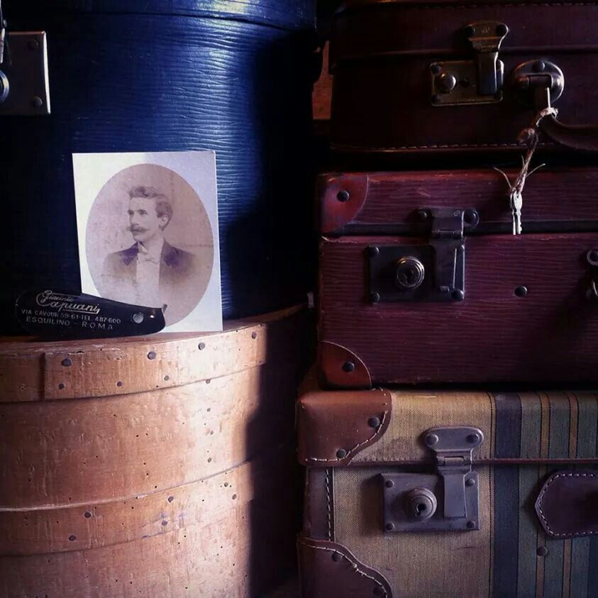 #old luggages #www.officinamobileroma.com