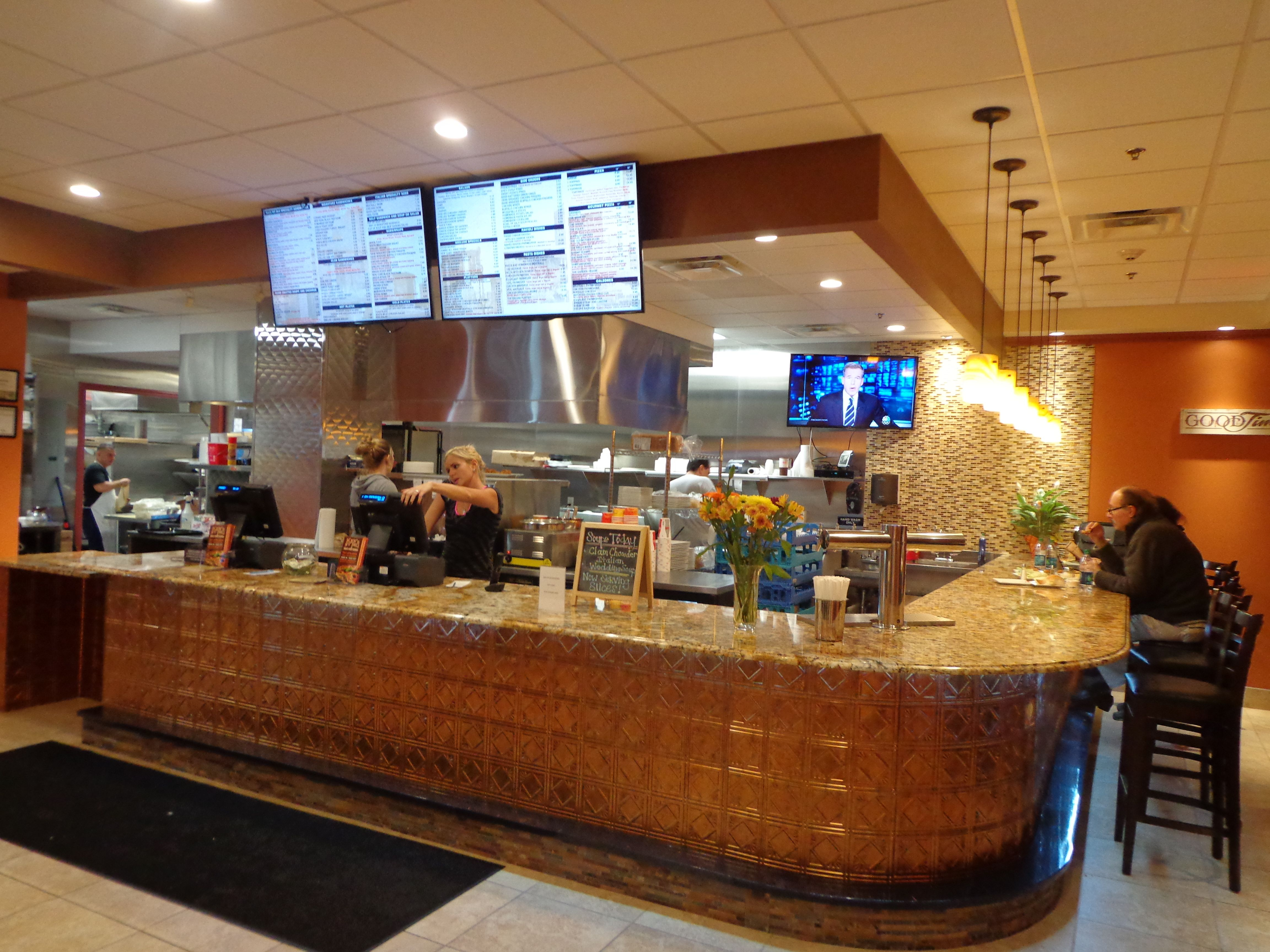 Ken\'s NY Deli and Brick Oven Pizzeria - such yummy food, right here ...