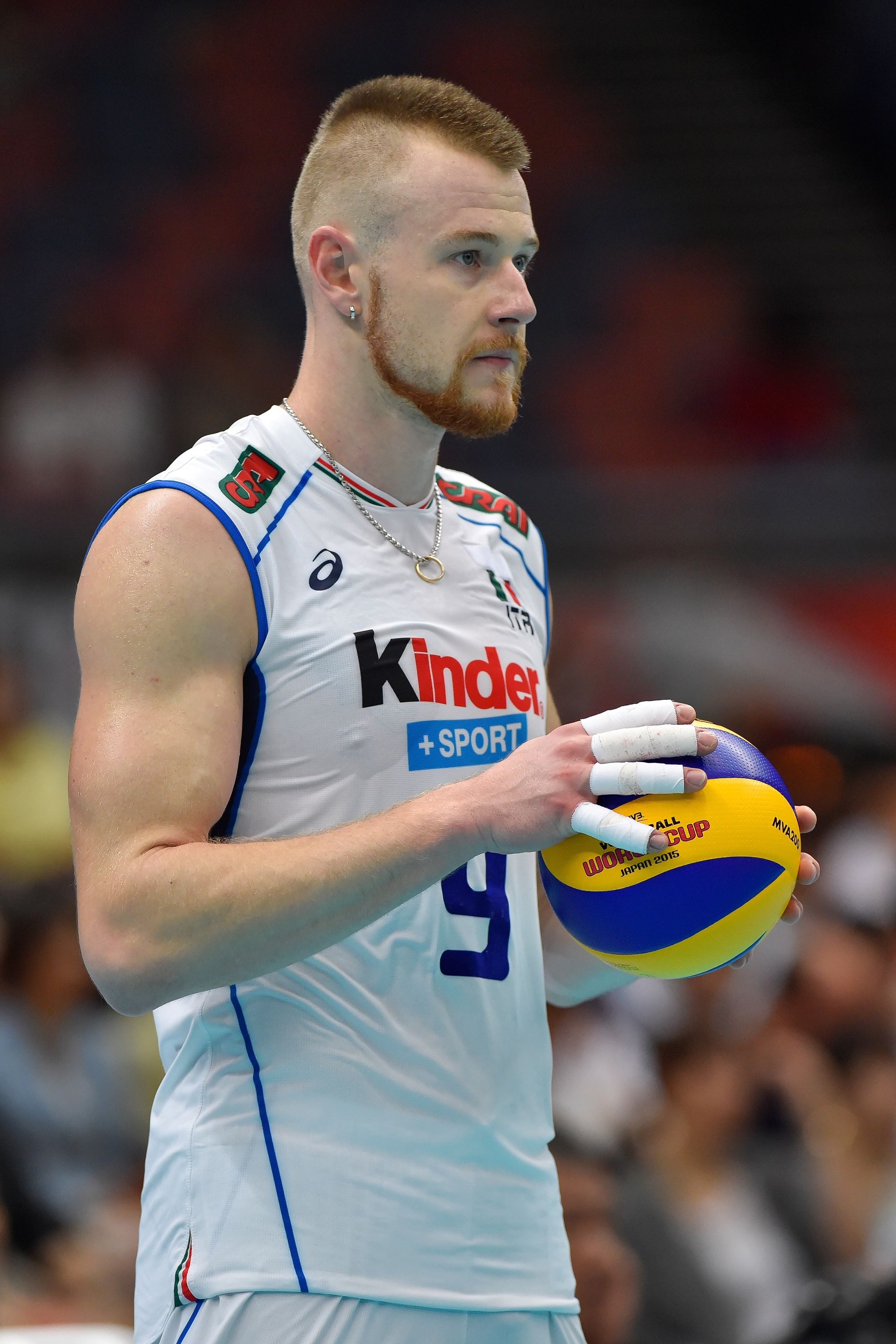 Ivan Zaytsev Getting Ready To Serve The Ball Female Volleyball Players Mens Volleyball Volleyball Images