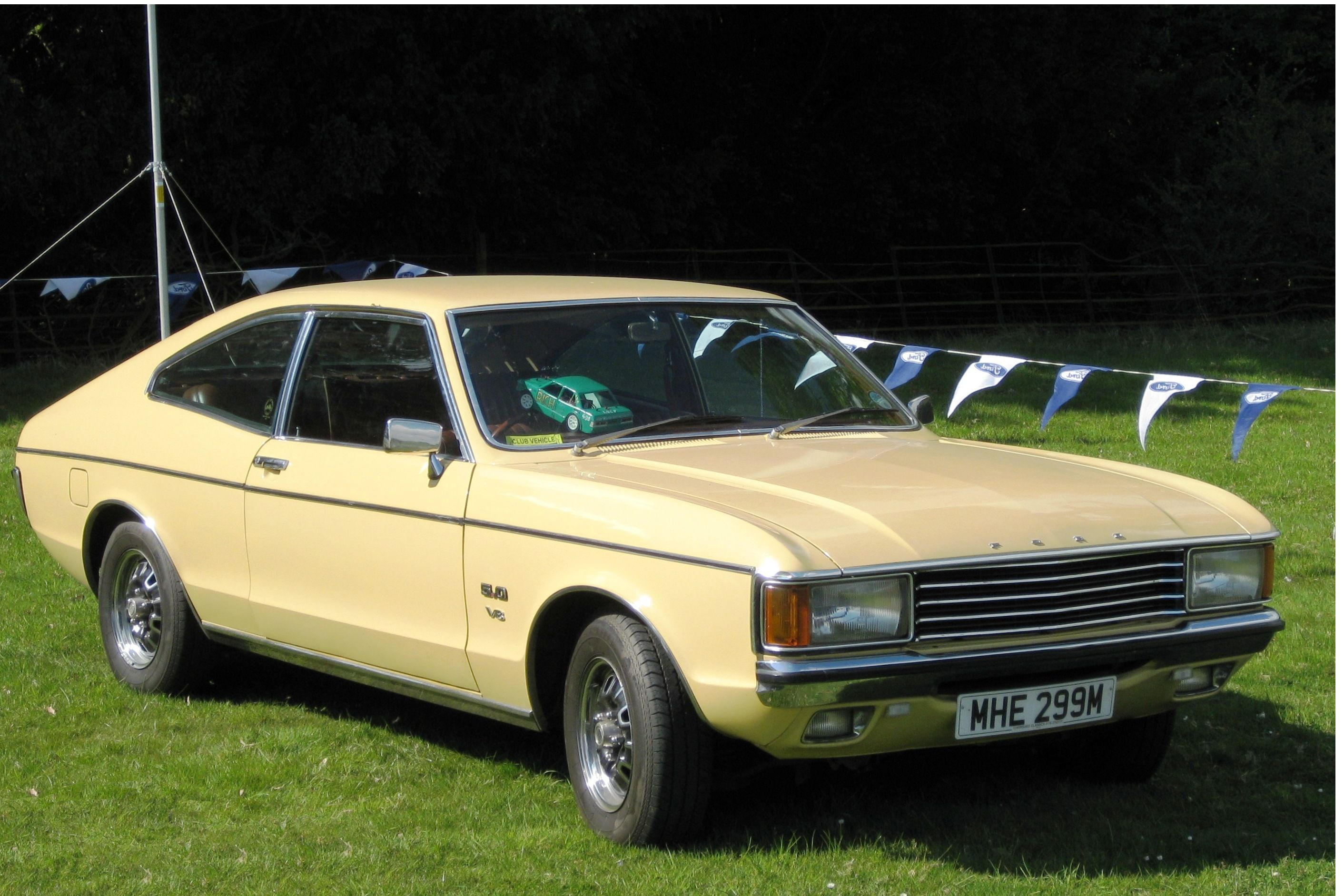 V8 Granada Coupe, great 70's /80's ford Ford granada