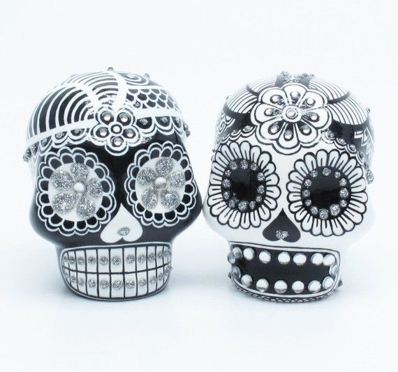 Dia De Los Muertos Wedding Theme Ideas: Dia De Los Muertos Wedding Cake Toppers... I Love Them