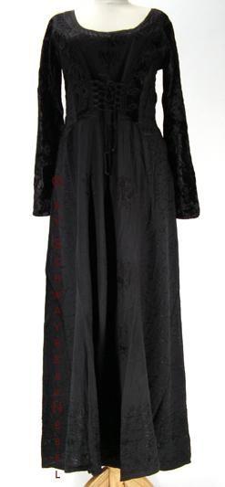 Edle gothic kleider