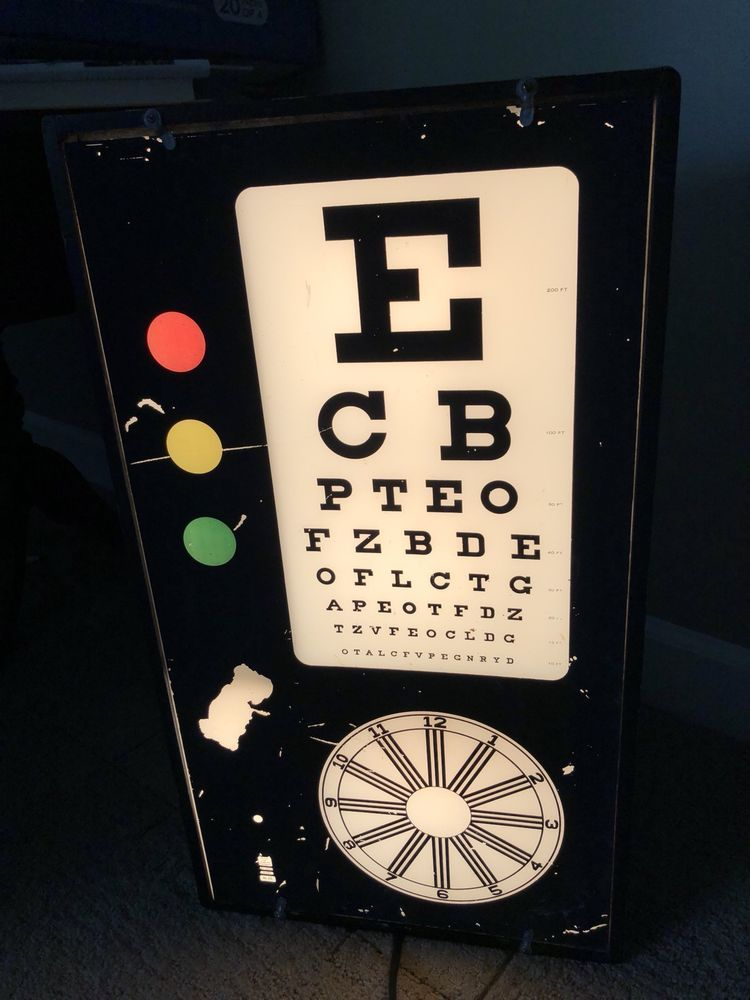 Vintage Antique Test Cabinet Co Illuminated Eye Test Chart ST. Louis