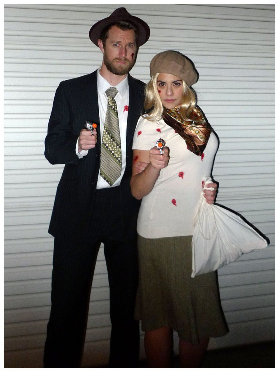 Bonnie and Clye shotup Halloween couple costume. Theme