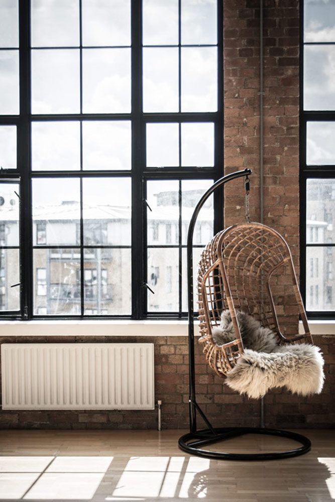 hangstoel rotan http://www.lifestylewonen.nl/een-rotan-hangstoel ...
