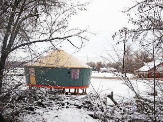 A suburban yurt along Chinden Blvd.