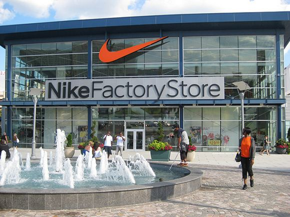 compacto Alegrarse Escribe email  New Nike Factory Store Opening Oct. 2013 | Nike factory, Nike outlet, Clearance  stores