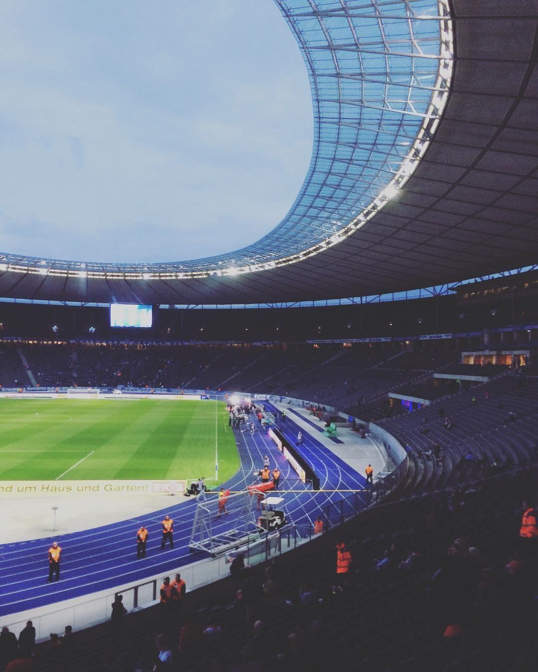 Watch The Best Youtube Videos Online Berlin Stadium Fans Stadion Berlin Olympiastadion Groundhopping Amazing Beautiful Ph Beautiful Stadium Berlin
