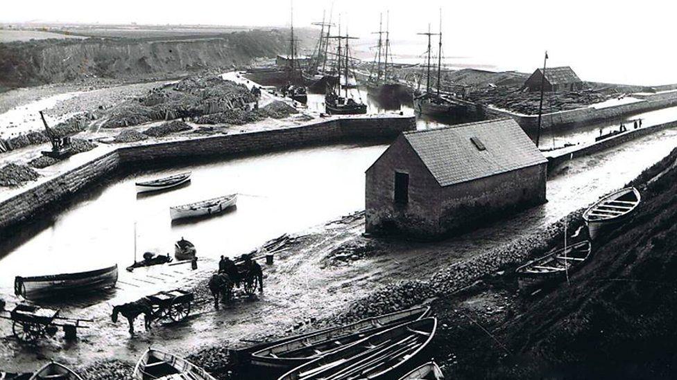 Kilkeel, Co Down: U-boat Sinks Fishing Fleet