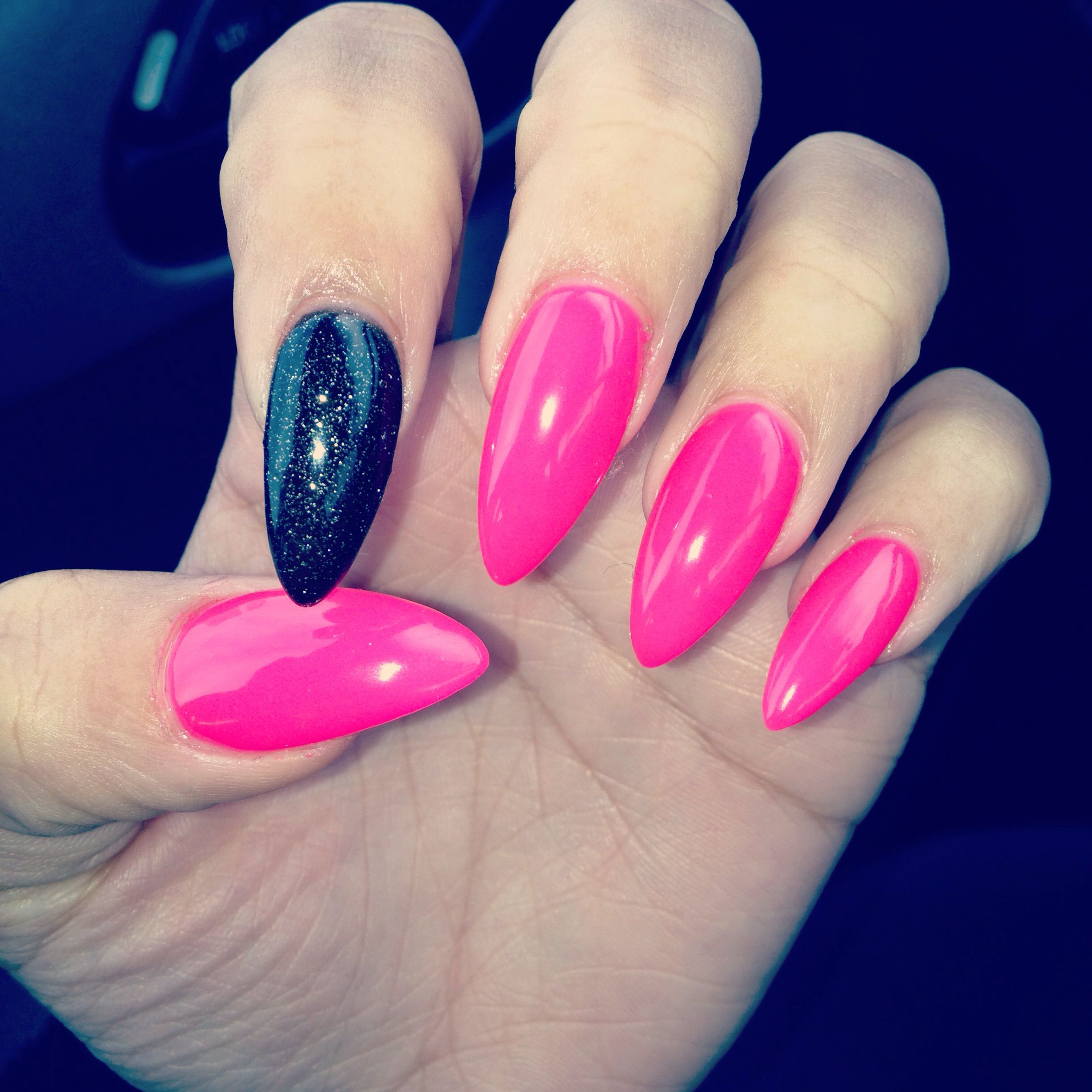 Pink and black stiletto nails | Simple Nails | Pinterest