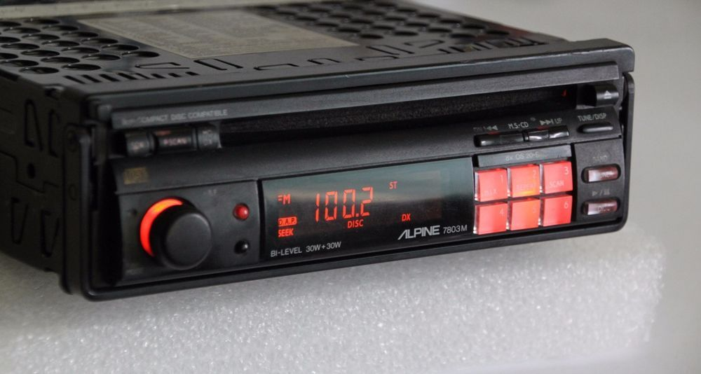 Alpine 7803m Retro Old School Am Fm Cd Player Pullout Car Stereo