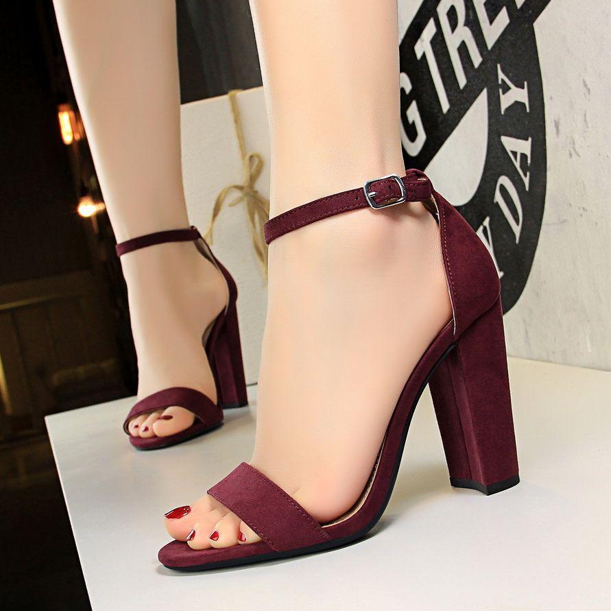beed4277f Carly Lovers – Ultra Seller Sapatos Elegantes, Sandálias Femininas, Sapatos  Femininos, Saltos,
