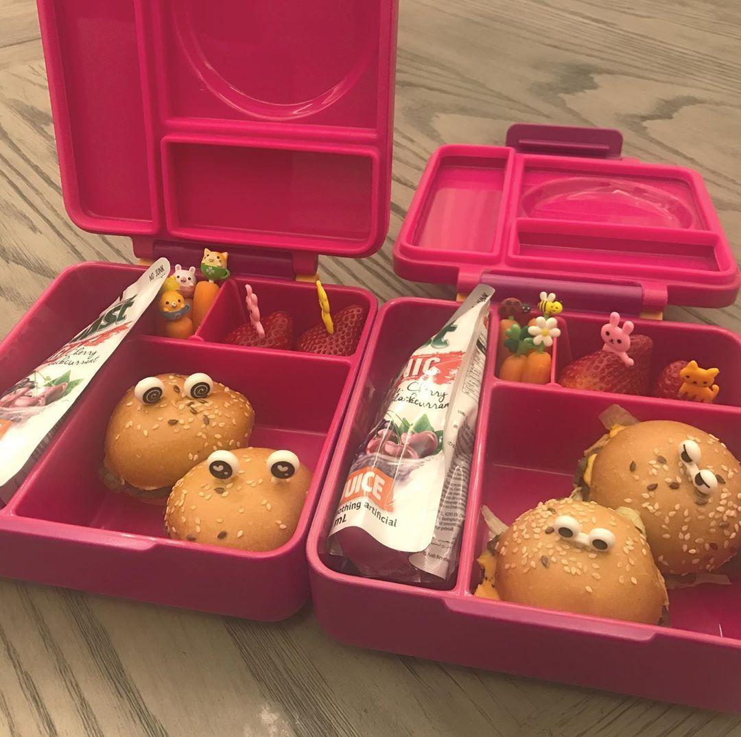 Lunch Box On Instagram مساء الجمال لي كم يوم ما انزل صور اللنش بوكس صايرة انشغل مره مع دراسة الصغار الله يصلحهم مكونات ال Lunch Box Idea Lunch Box Kids