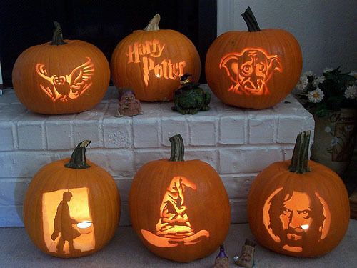 Harry Potter themed pumpkins! Who  wants to come over and have a carving/movie marathon? :)