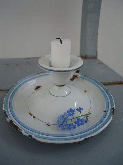 wit met babyblauw randje
