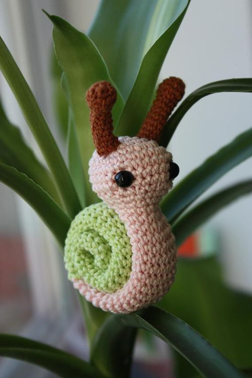 Tiny Amigurumi Snail amigurumi crochet pattern by Happyamigurumi