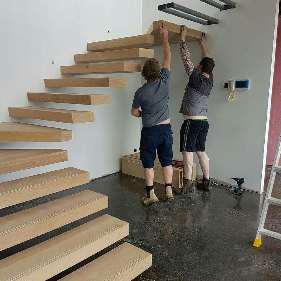 Pingl par elisha sur stairs and doors pinterest for Como hacer una escalera economica